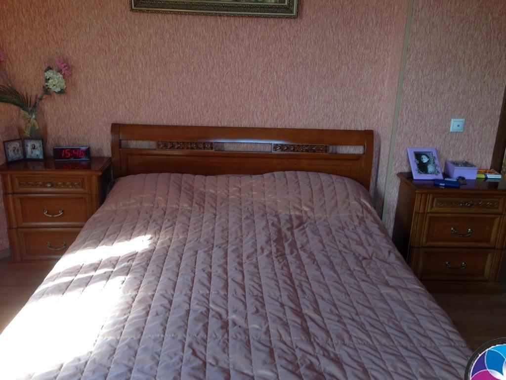 расположение кровати в дизайне интерьера
